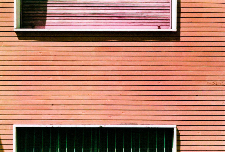 The closed window and the lines