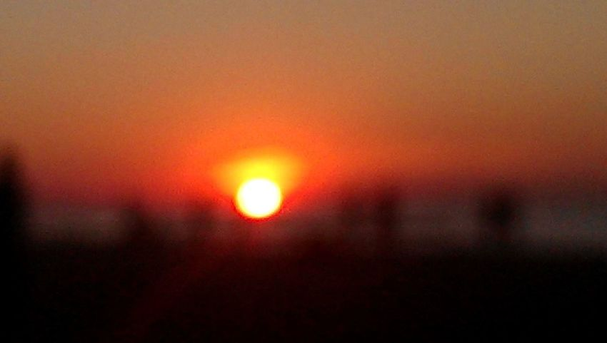Sonnenuntergang Sunset Orange Color Sun Close-up No People Defocused Sky Nature Outdoors City Sunrise Scenery