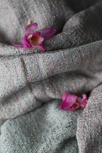 Handwoven EasySling Handwoven Easysling Textile Pink Color Close-up Purple No People Flower Indoors  Day Nature First Eyeem Photo