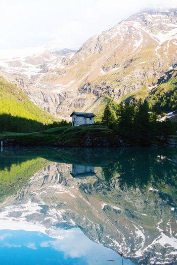 Alp Grüm Lake
