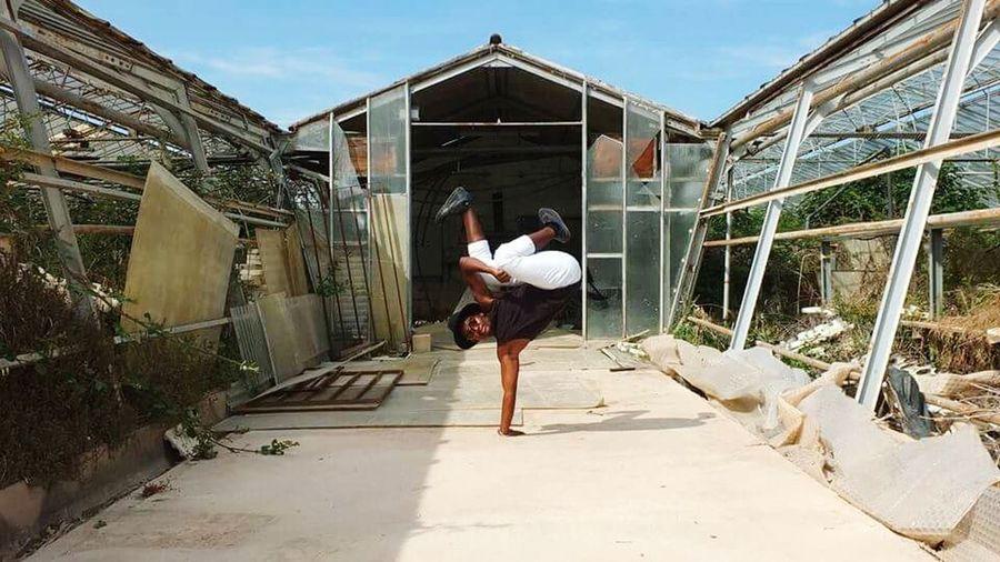 Dansing Amazing Breakdance Breakdancing Fujifilm Blackpower Blackmodel Popular Photo Eyeem New Worl Open Your Mind