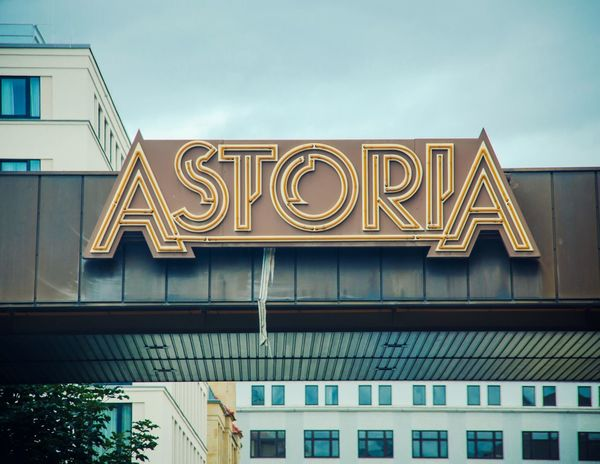 Muster Mix Typo Typography Astoria Leipzig GDR Hotel Design Streetart Lost In My Thoughts NEM Still Life AMPt - Memory Color Design Space EyeEm_abandonment My Lost Proberty Typo Around The World Colors Of Time Urban Geometry Architecture Urban Exploration Culture Of Germany