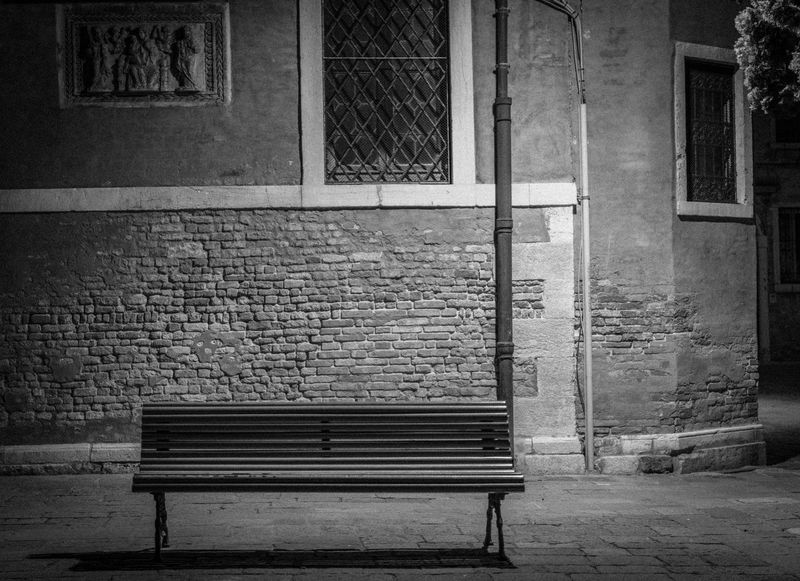 Architecture Architecture Bench Seat Building Exterior Built Structure Empty Absence City Building Window Day Wall No People Old Relaxation Brick Street Park Bench Wall - Building Feature Outdoors