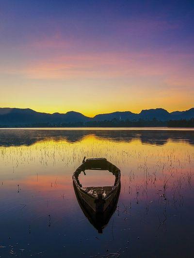 Stand here alone Sunrise Sunrise_Collection #Nature  Nikon Nikonphotography Natgeo Natgeotravel Sunshine Sunshine ☀ Pesonaindonesia Wonderful Indonesia Westjavaindonesia Water Mountain Sunset Reflection Sky