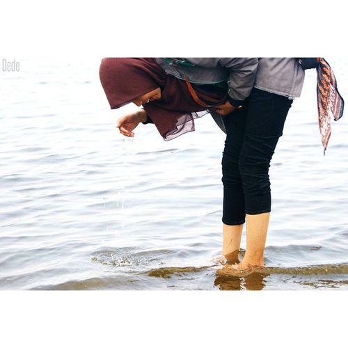 Wuii Semangat siang guys Hoamm ngantuk LOL Holiday Ancol beach gril photooftheday