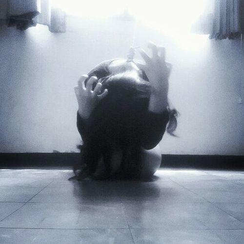 Sad Art Photography Break Blackandwhite Photography Depressed Girl Power Dead Try Prisoner Of Dreams... SuicideGirls Suicide Murder Creepy Hanging Bigwindow