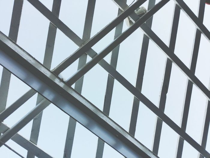 Girder Backgrounds Modern Full Frame Steel Pattern Futuristic Complexity Abstract Sky Architectural Design Triangle Shape Architectural Detail Geometric Shape Architectural Feature Skylight Cable-stayed Bridge Seamless Pattern Triangle Triangle Triangle Triangle Zigzag