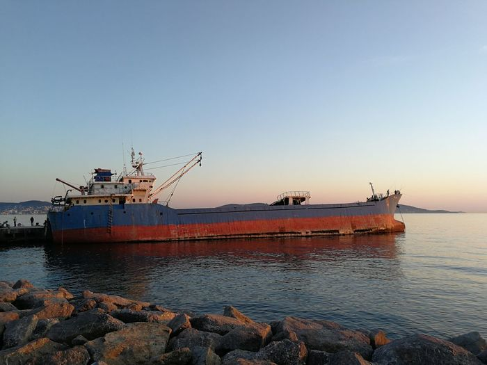 Oil Pump UnderSea Water Sunken Offshore Platform Nautical Vessel Sea Sunset Beach Business Finance And Industry