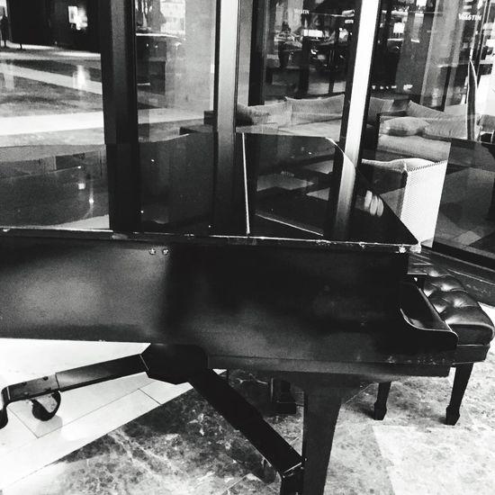 Black & White Piano