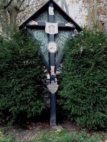 Cross Kreuz  INRI Straße