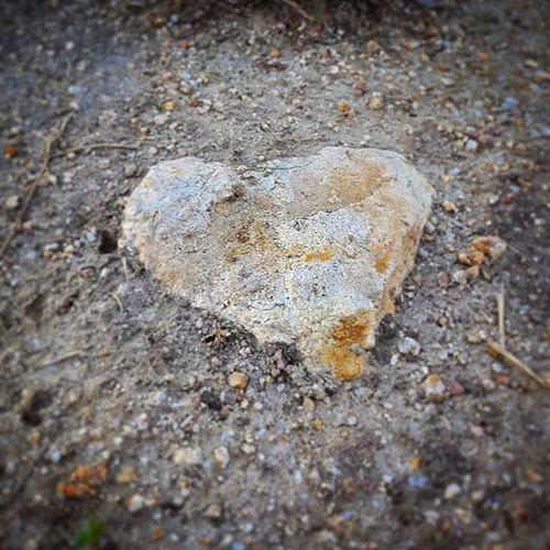 E continua.... Stoneheart Stonehearts Love Loveyou Amor Hearts Heart Heartshaped