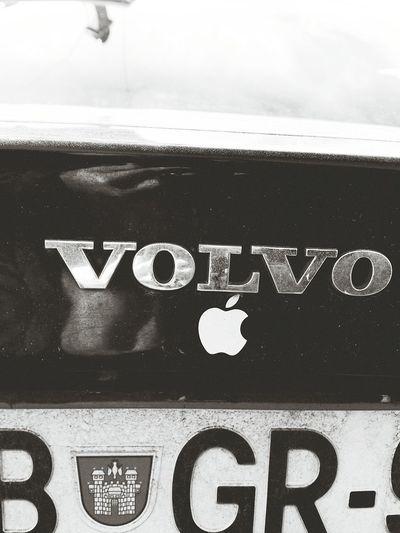 Volvo Apple