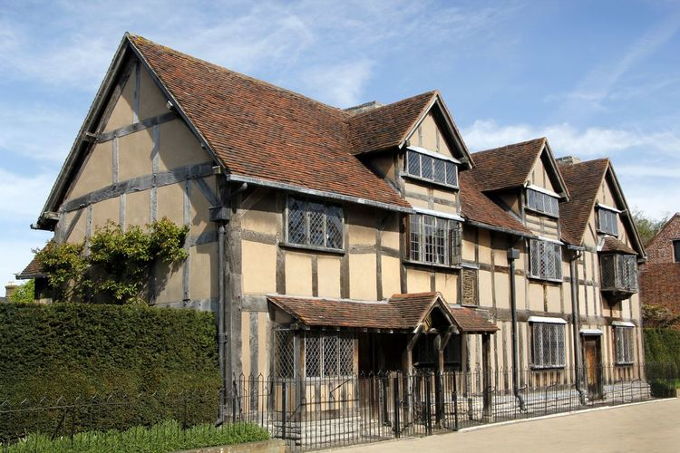 The birthplace of William Shakespeare in Stratford upon Avon England, Architecture Birthplace Building Exterior Built Structure Day Detached House England, UK House No People Old Buildings Outdoors Preserved Residential Building Roof Sky Tourist Destination Travel Destinations Travel Photography William Shakespeare