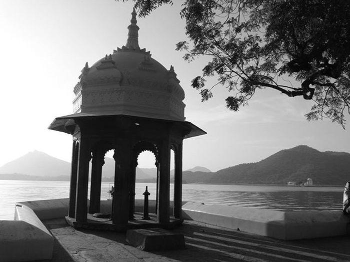 Nothing relaxes me more , than to sit down aside and click some MoMenTs...... Ig_official_clicks BnWClicks Planet_BnW Black_n_white Fatehsagar Corner SixtySecondsOfLOVE Udaipurities Sweetudaipur Unseenudaipur Everyday_India Igers_of_India Indianshutterbugs India_in_black_n_white