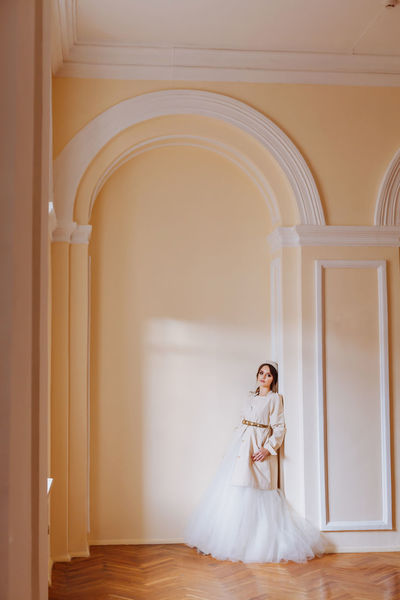 Wedding Arch Architecture Bride Built Structure Daylight Full Length Indoors  Real People Standing Wedding Day Wedding Dress White Clothes White Color