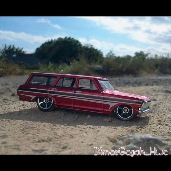 HOT WHEELS CHEVY NOVA Photograpy Photography HotWheels Hotwheelscollectors Hotwheelscollection Hotwheelspics Diecastphotography Diecast Sunset Sand Shadow Scale164 Takebysamsung Nature Natural DiecastIndonesia Explore Explorer Dimasgagah_hwc