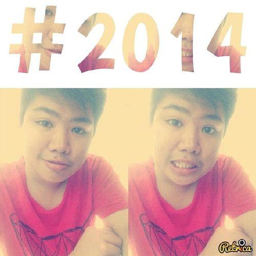 Ang tagal kuna di naguupload, last year pa yung last na upload ko! :( hue hahaha, sup? First selfie of the year! Retrica Shapedapp 2014
