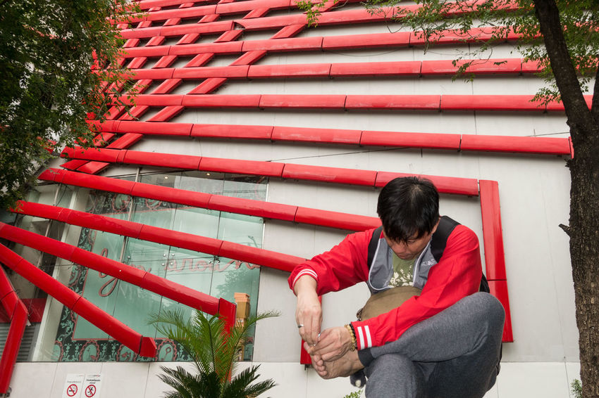 Architecture One Person Outdoors Red Sitting Sony Sony RX100 IV Street Photography Streetphotography The Street Photographer - 2017 EyeEm Awards