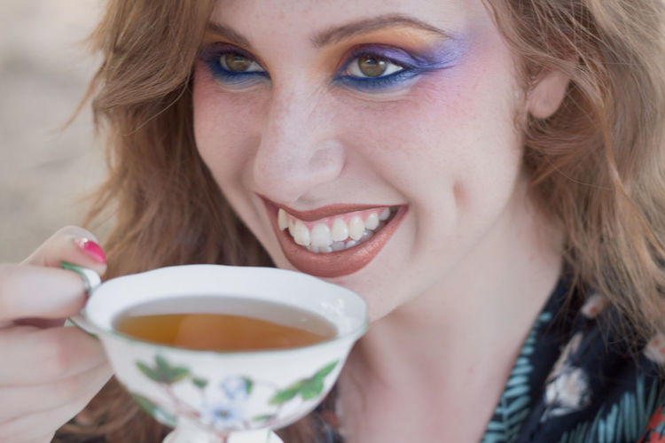 Color Portrait Colors Wonderful Adult Close-up color palette Cup Drink Food And Drink Hair Hairstyle Headshot Hot Drink Human Face Mug One Person Portrait Redhair Smiling Tea Cup Womderland Women Young Adult