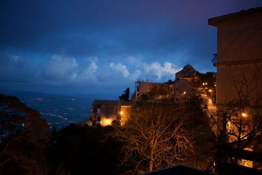 Chiesa Di San Giovanni Erice Italia Erice, Sicilia,paesaggio, Castello San Giovanni Sicilia Sicily Sicily ❤️❤️❤️ Sicily, Italy Architecture Building Exterior Built Structure City Erice House Illuminated Nature Night No People Outdoors Siciliabedda Sicilian Girl Sicilyphotography Sky Tree Winter HUAWEI Photo Award: After Dark