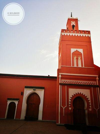Que la paix règne sur les enfants d'Adam Mosque Architecture Amizmiz Morocco 🇲🇦 Travel Destinations History Berberstyle Berber History Architecture No People Outdoors Peace ✌ Peace And Love ✌❤