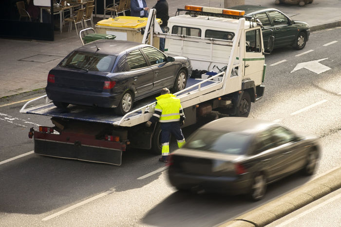 towing truck car wrecker in city Aid Service Towing Towing Service Assistance Damaged Drive Help Insurance Land Vehicle Mode Of Transport Outdoors Rescue Succory Tower Transportation Truck Vehicle Wrecker