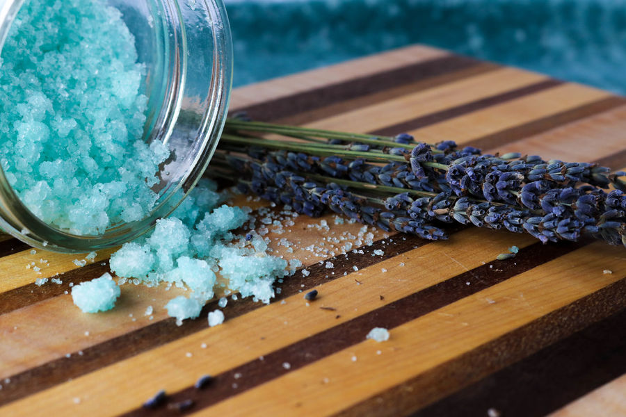 Blue bath salts and lavender flowers Aromatherapy Beauty Products Homemade Relaxing Salt Scrub Tranquility Wood Bath Salts Bath Salts Blue Body Care Close-up Day Indoors  Lavender Flowers No People Purple Sea Salt Sugar Scrub