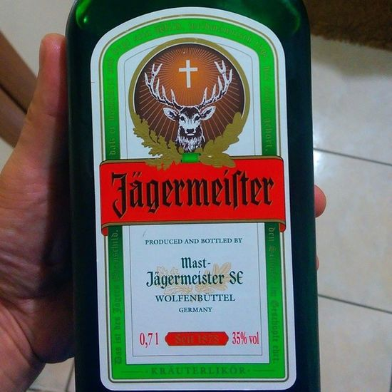 Alman likörü gavurun büyük icadi... Jägermeister Jägermeister Likör Alcohol alkol drink istanbul party partyhard happy