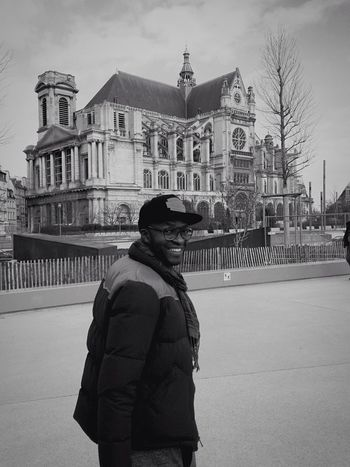 Undimanche Iphonography Streetphotography IPhoneography Photographer Paris Paris ❤ Saint Eustache Châtelet Les Halles Paris Les Halles