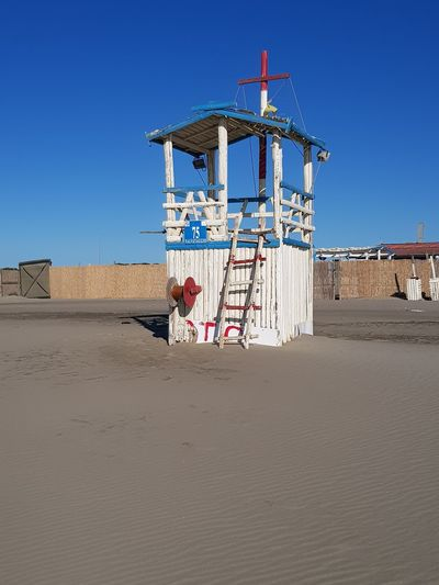 Beach Guard See Beach Wind Autumn Plastic Environment - LIMEX IMAGINE