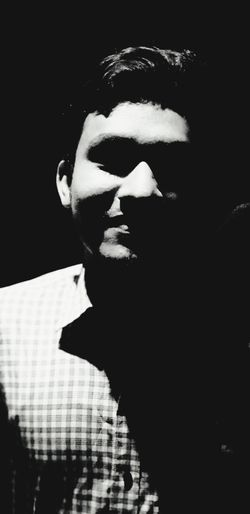 Portraitphotographer Dark Portrait People Headshot Greyscale