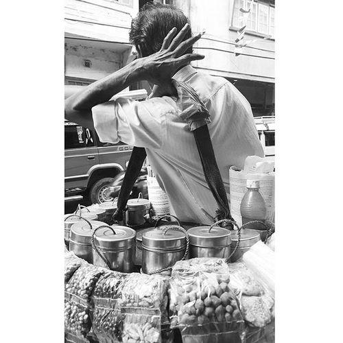 """Jo khayega piro jarur banega hero""~ muri-walla Muriwalla Puffed Rice Streetphotography _soi Kalimpong Monochrome Mobile Shot Ps: He sells the best muri (puffed-rice) in town."