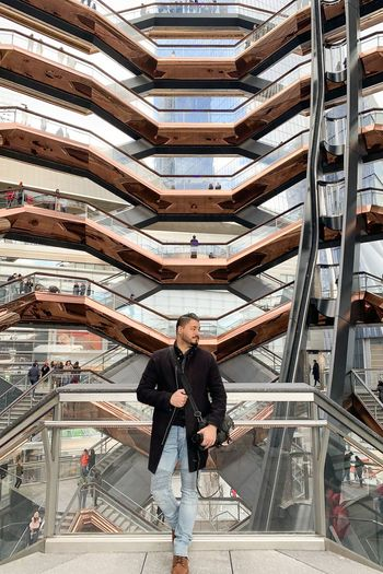 Hudsonyardnewyork Hudsonyards Hudson Yards Men One Person Full Length Architecture Indoors  Real People Adult High Angle View Standing Casual Clothing Occupation Front View