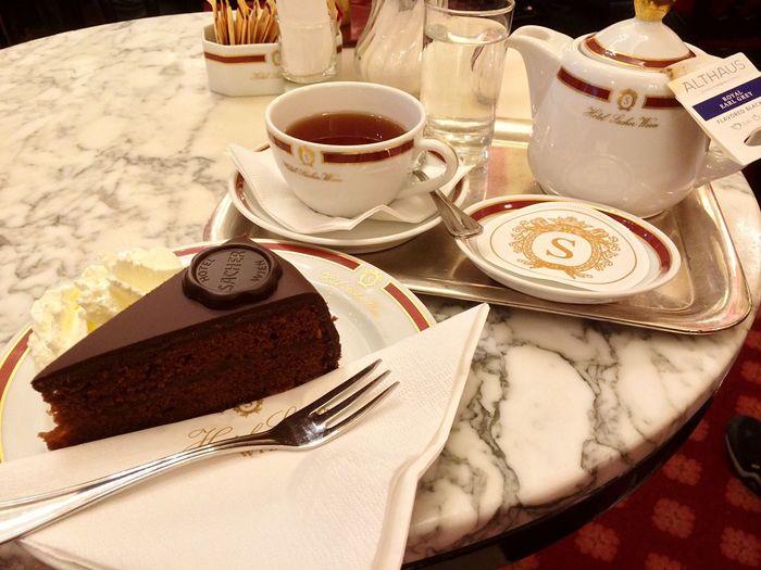 My Favorite Breakfast Moment Café Sacher Sachertorte Earl Grey Tea Wien Vienna Bécs Best Cake Ever