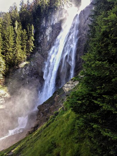 Wasserfall Wasserfall *___* in den Bern Alpen Check This Out Hanging Out Relaxing Enjoying Life Outdoor Nature The Essence Of Summer- 2016 EyeEm Awards Coloroflife Waterfall #water #landscape #nature #beautiful Amateurphotography Hello World