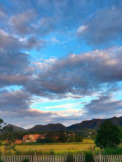 家乡 Sky Cloud - Sky Nature Scenics Tranquility Mountain Landscape Outdoors Tranquil Scene Beauty In Nature Day No People Tree Field Agriculture Rural Scene Mountain Range