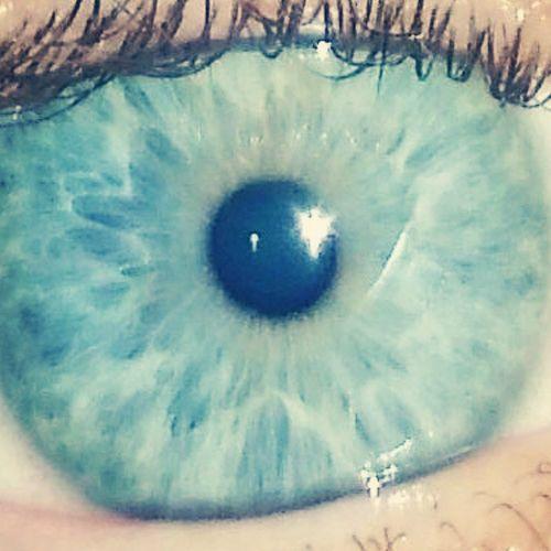Myeye Eyes Eye Im Lightblue Cool Color Azzurro Sky Photooftheday Instaeyes Instaeye Igers Mylife Io Cerulean Ceruleanblue Occhio Occhiazzurri