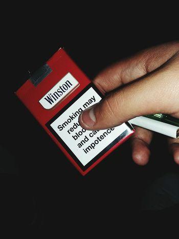 سیگار دیدم دستت سیگار گشیدم تا ترک کنی