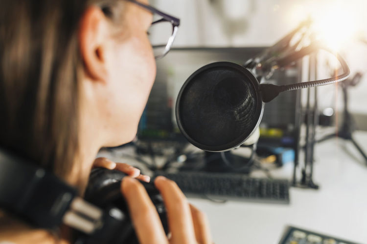 Live broadcasting of a podcast or online radio talk show from a studio