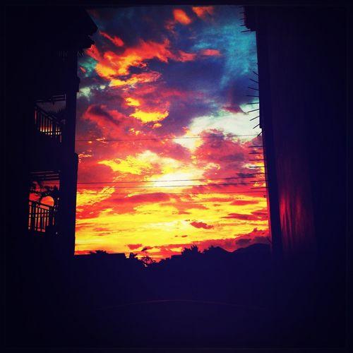 Sunrise Enjoying The Sun Clouds And Sky Cloudporn