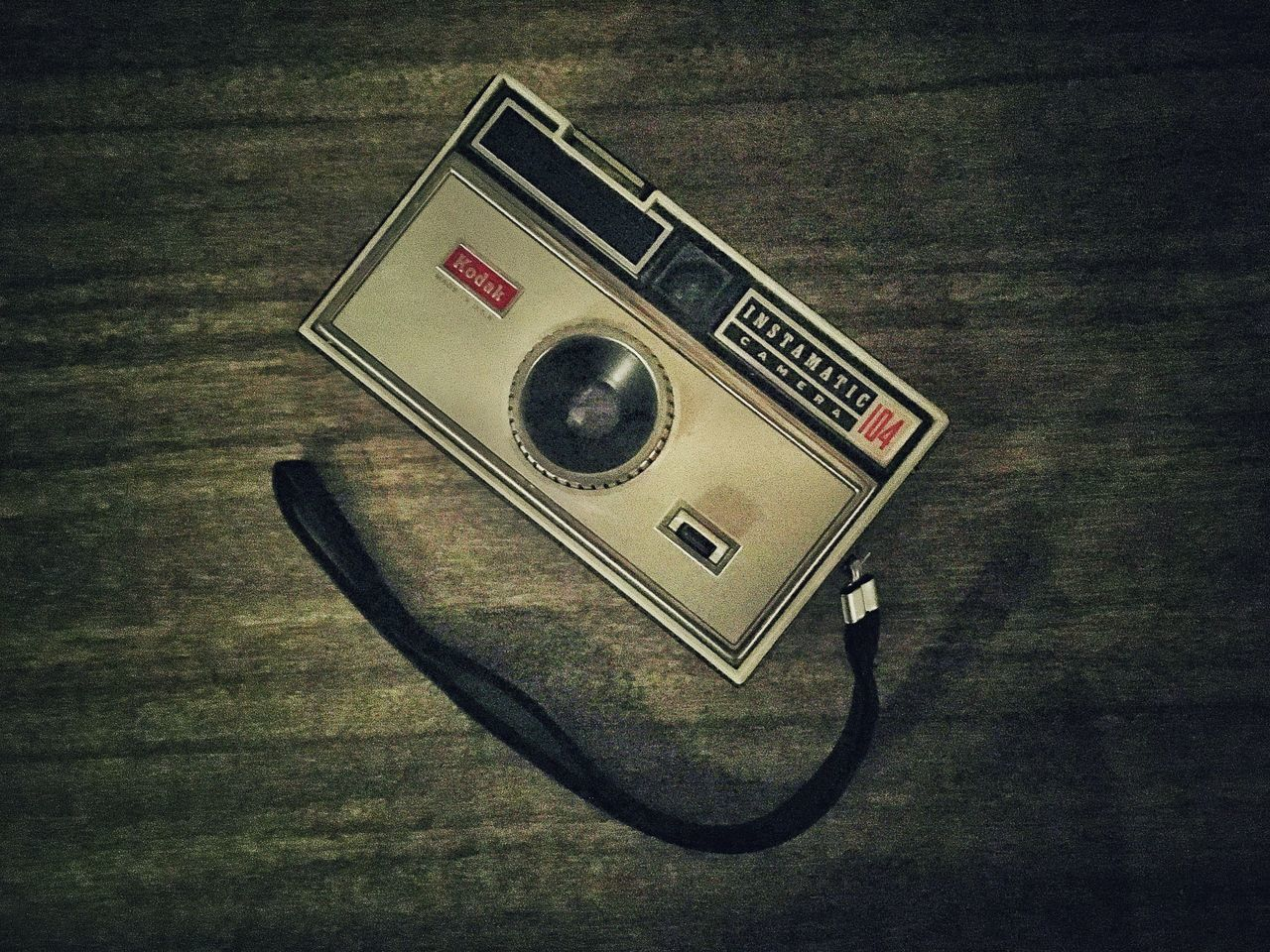 old-fashioned, indoors, table, retro styled, single object, no people, camera - photographic equipment, technology, close-up, day
