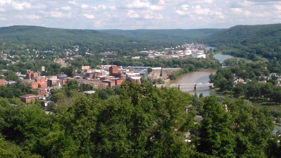 View of my city... Warren Pennslyvania Washington Park Allegheny River Check This Out Where I Live Where I Come From All Is Quiet