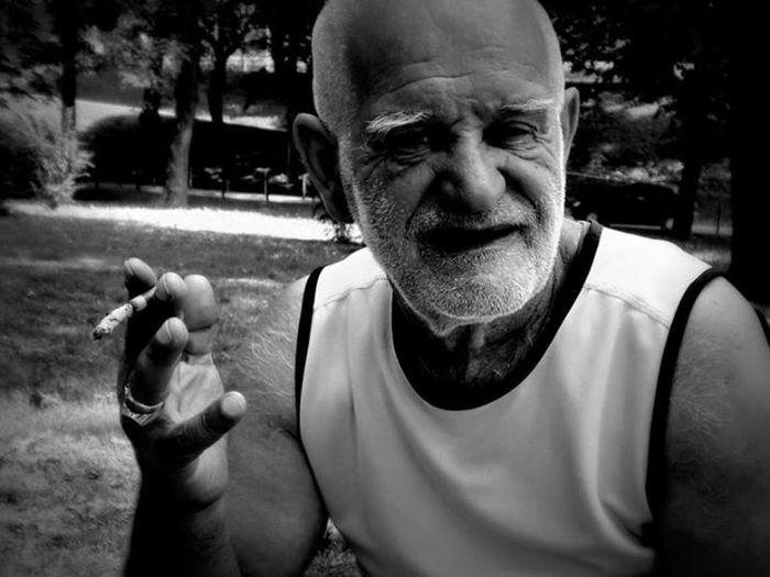 Old Man Rauchen Rauchfrei Smoking Smoking Cigar Blackandwhite Smoking Loud