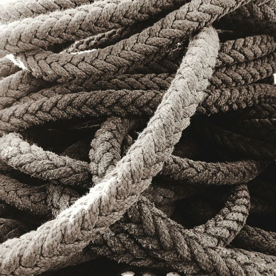 Gordian knot... Rope Work Tool Just Taking Pictures Just Because Renovation Rope Art Rope Climb Gordian Knot Knot