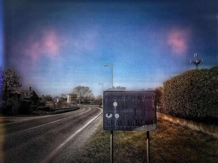 San Colombano al Lambro, Marzo 2019 Feelin' Grunge Outdoors Town Road Sign Road Sky