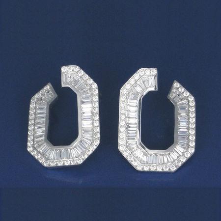 UNIVERSAL JEWELS Diamond Supply Co  Diamonds Earrings Fashion Jewels TRENDING  Almas Awesome Brand Diamond Diamond - Gemstone Diamond Ring Earring  Earrings ❤ Gioielli Jewel Jewellery Jewelry Jewelry Store Jewelrydesigner Jewlery Jwellery Rings Style Supreme