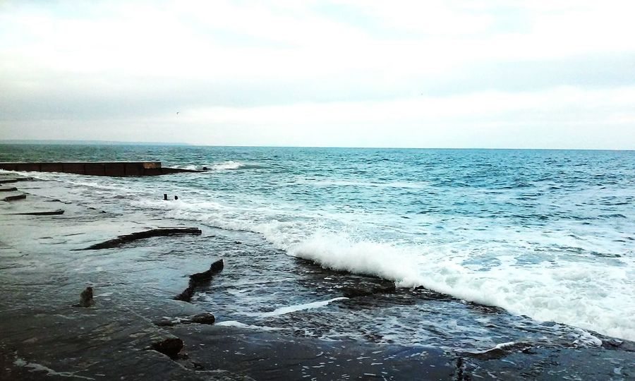 Water Seaside Sea View Sea And Sky Sea_collection Photooftheday Nature Love Sea Storm Hanging Out High Angle View Nature Enjoy Landscapes Getting Inspired Walking Around From My Point Of View Fantastic Exhibition Nature_collection Nature Photography Nature Colors