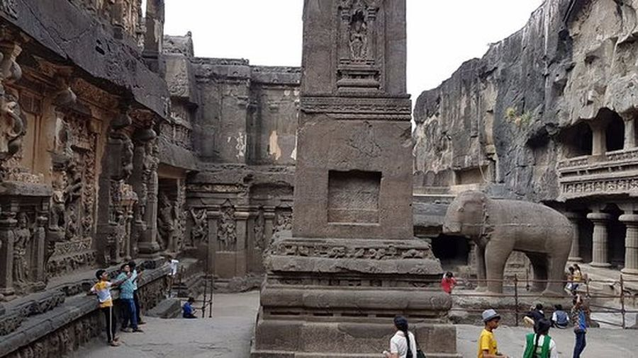 ajanta & ellora caves all in stone scuptures Archaeology