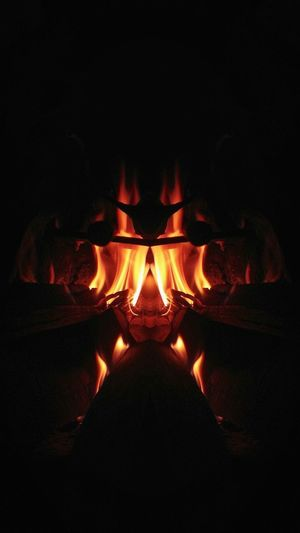 The more i look at it, the weirder it gets 🔥 Bright Flame Desire Hot Thermal Mirrored Fire Warmth Feeling Abstract Art Weird Cool Winter Winterfeels Bonfire Burning Fire Pit Lit Fire - Natural Phenomenon Fire Firewood Heat Wax Candlelight Campfire Flame