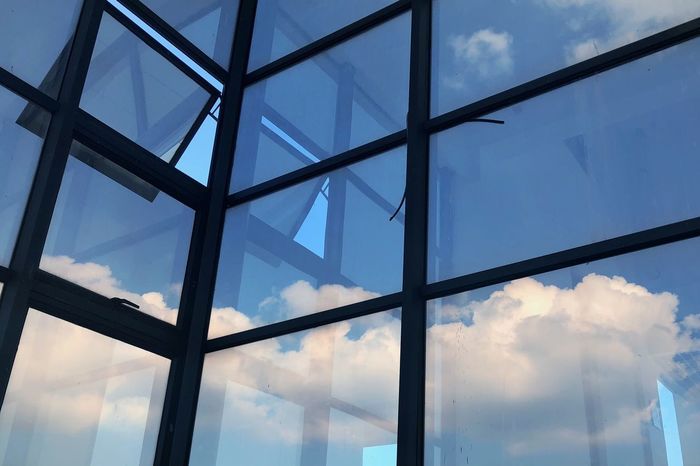 Cloud - Sky Sky Low Angle View Built Structure Architecture No People Glass - Material Day Transparent Nature Window Outdoors Pattern Building Exterior Reflection Skylight Full Frame Building